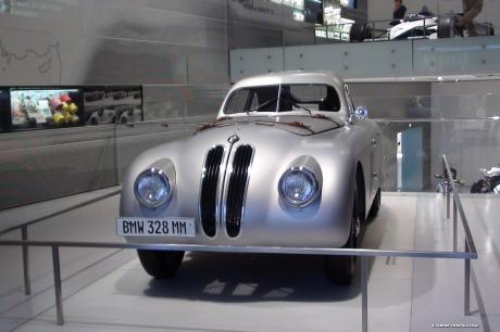 BMW-Museum-1[2]