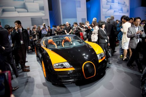 bugatti-veyron-grand-sport-vitesse-wrc-introduced-in-shanghai-photo-gallery_2